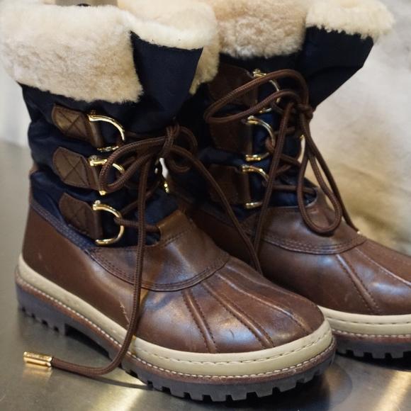 81274cdc1da Tory Burch Winter Boots in Brown and Blue 7M. M 5a73f0103800c5bc92b29152